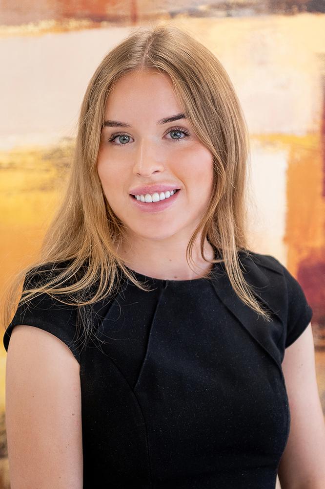 Ellie Mackay, Technical Assistant